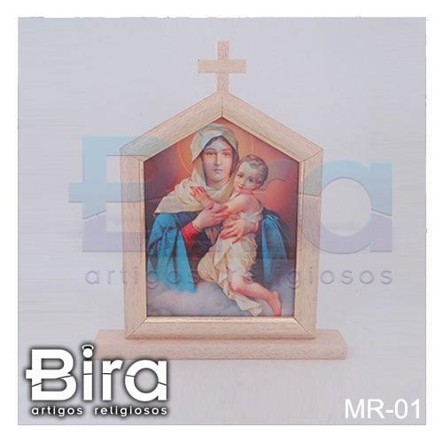 capela mae rainha madeira vidro