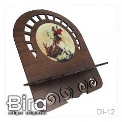 Porta Bíblia Trabalhado em Madeira Com Imagem Resinada - 25x30cm - Cód. DI-12